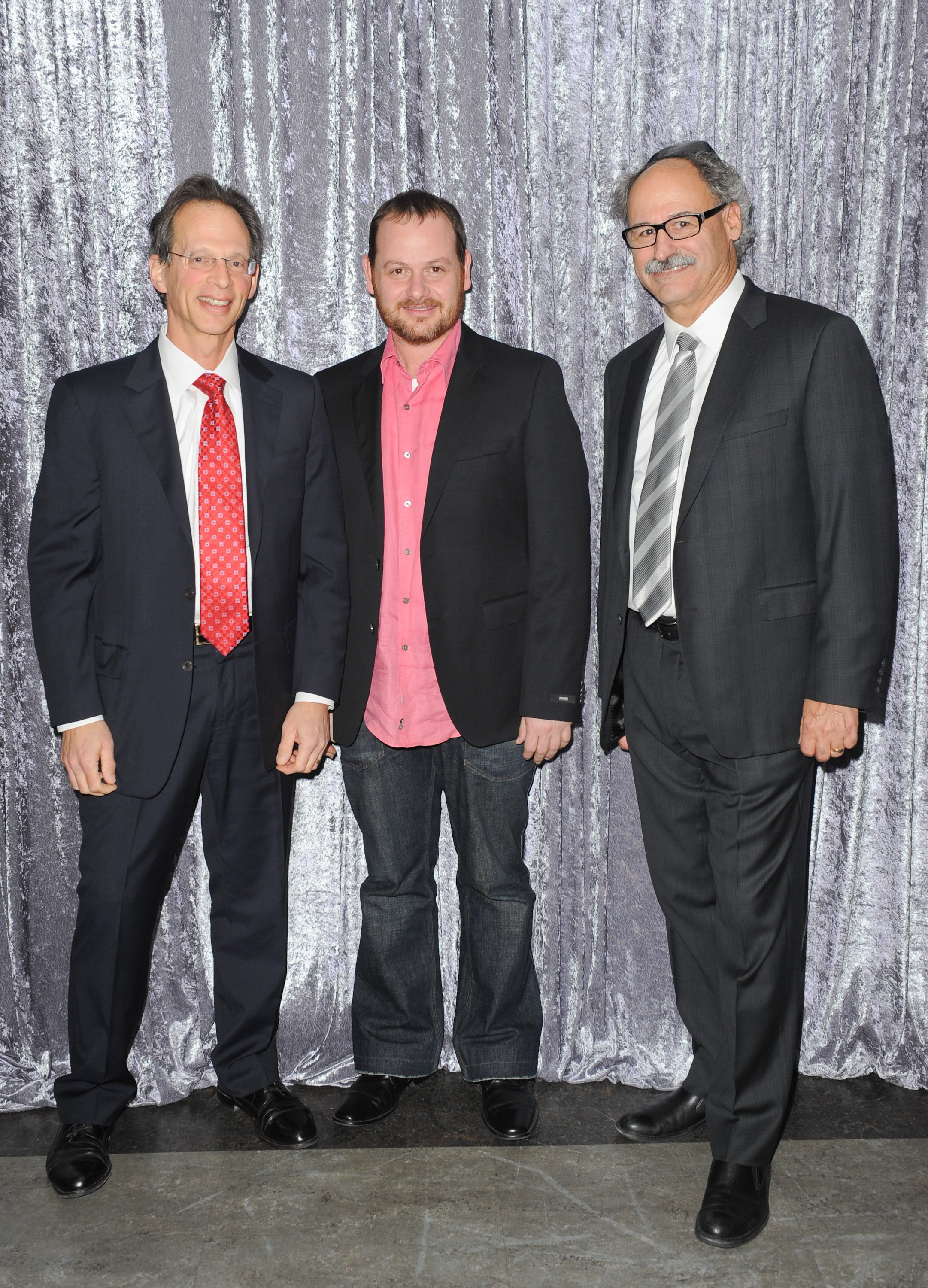 (left to right)Event Co-chair, Norman Bacal, HOMELAND's Gideon Raff and Event Co-Chair, Bernie Abrams